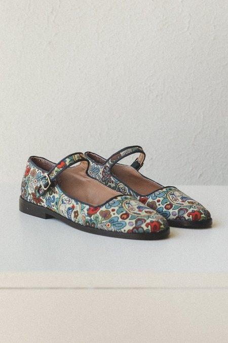 Caron Callahan Ellie Mary Jane - Tapestry Welt