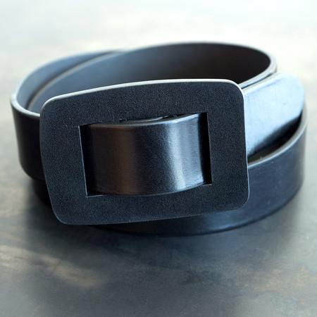 Closed Leather Belt - Black