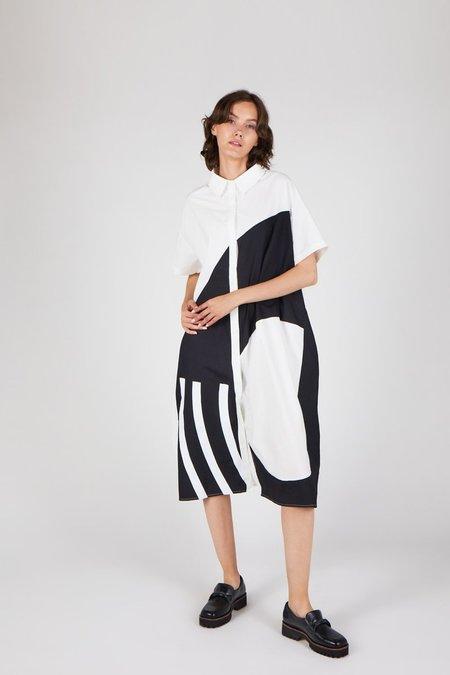 """INTENTIONALLY __________."" CANTA Dress - white/black"