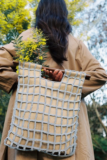 The Hold label Entwined tote bag - natural