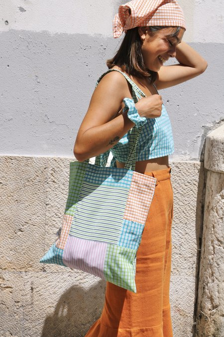 SIZ GINGHAM PATCH TOTE