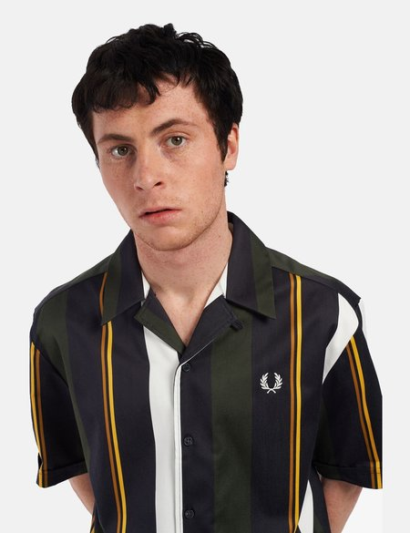 Fred Perry Vertical Stripe Revere Shirt - green