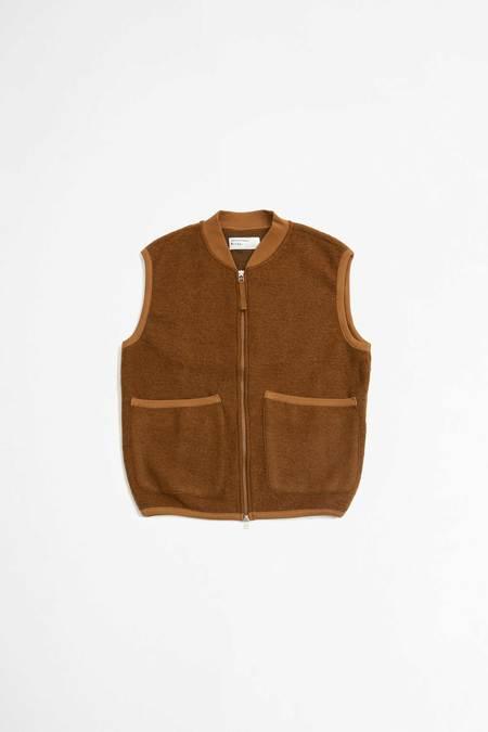 Universal Works Zip wool fleece waistcoat  - rust