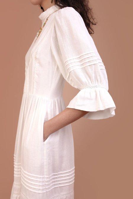 Meadows Amaryllis Dress - White