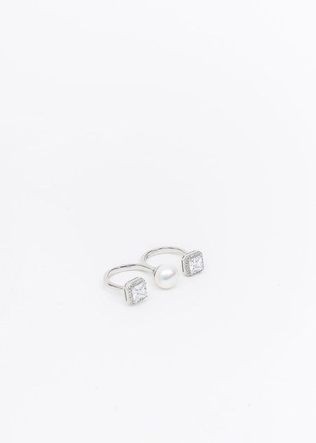 DEPARTMENT Pearl And Rhinestone Ring - Silver