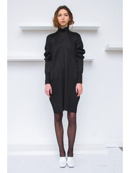 Issey Miyake V-Neck Long Tunic Dress