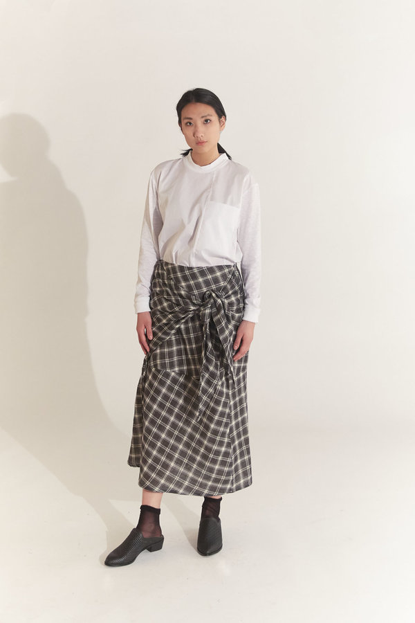 House of 950 cave skirt