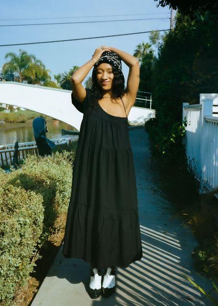 Yang dress, black
