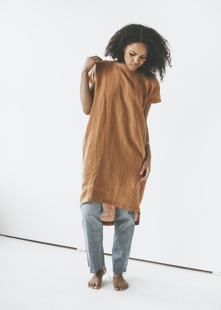 Black Crane - Pleated Cocoon Dress in Rust