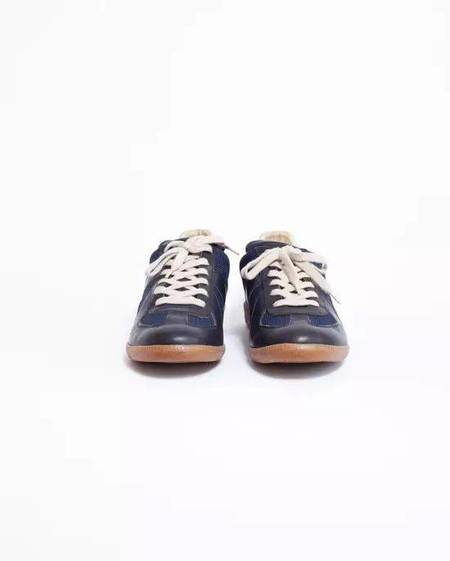 pre-loved Maison Margiela Replica Leather and Canvas Low Top Sneakers - black/blue