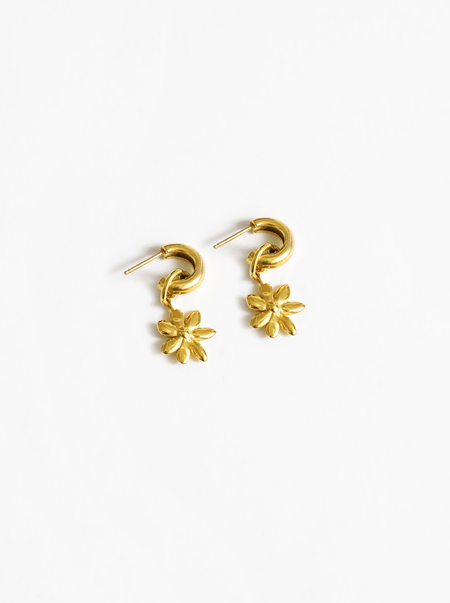 Wolf Circus Flower Charm Earring - Gold