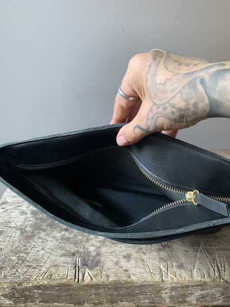 Vagabond Leather Clutch - Black