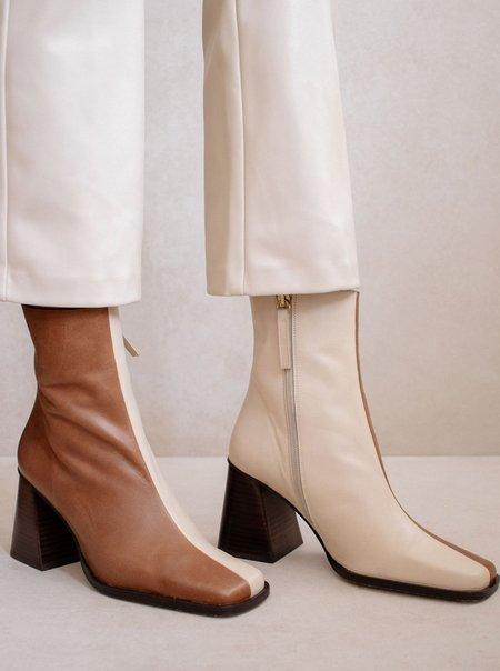 Alohas South Bicolor Boots - Camel/Beige
