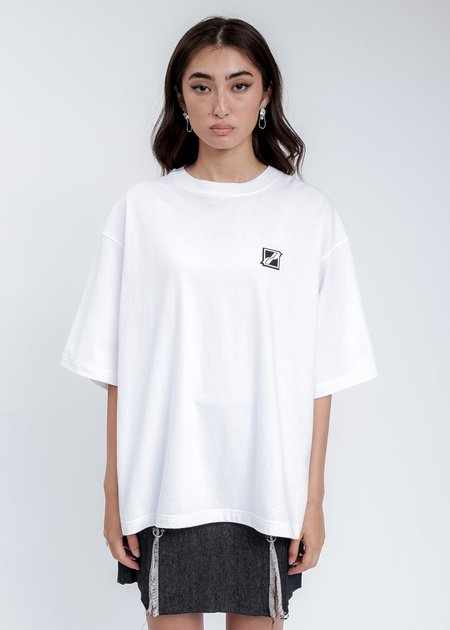we11done Mini Logo Patch T-Shirt - White