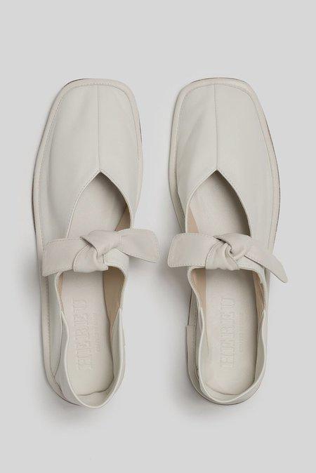 Hereu Llasada Flat - Cream