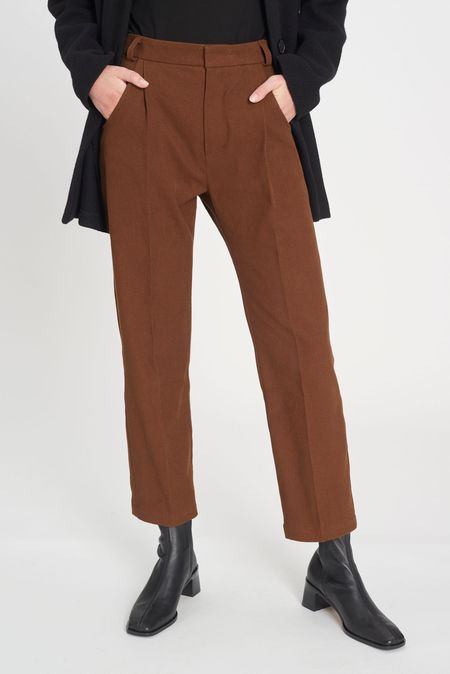 we.re Pleat trousers - almond brown