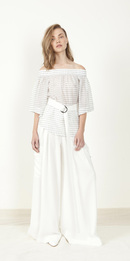 SCHAI Off-Shoulder Blouse