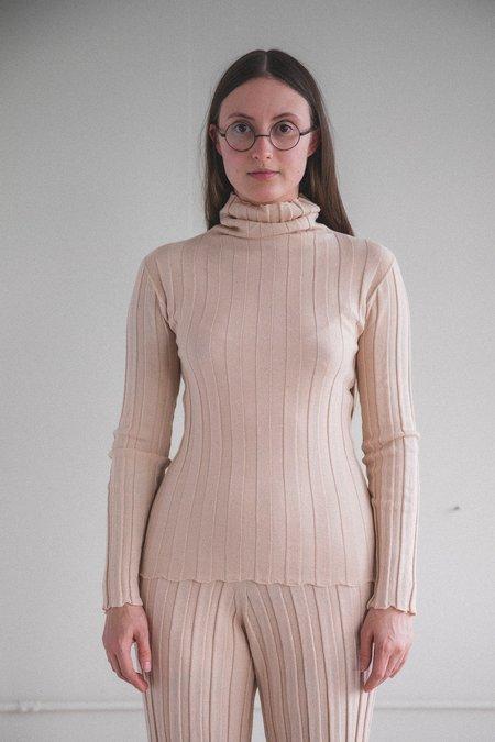Baserange Adler Merino Wool Turtleneck - Camel