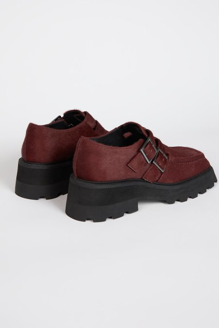 """""""INTENTIONALLY __________."""" METRE shoes - Wine"""
