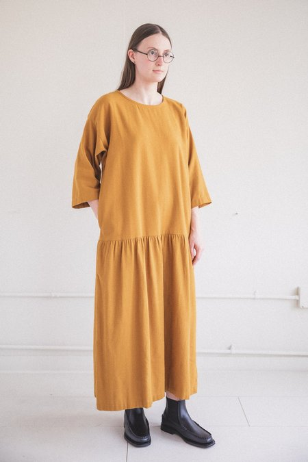 Black Crane EASY DRESS - GOLD COTTON FLANNEL