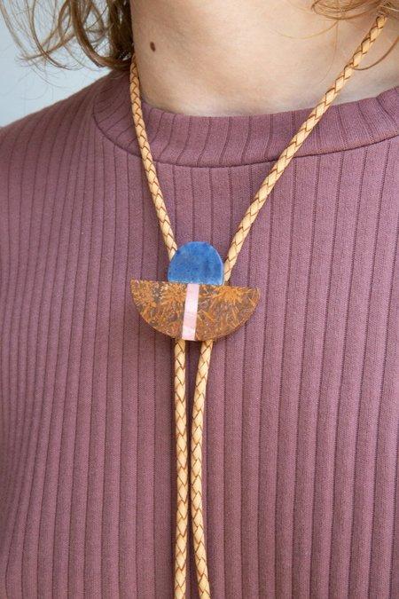 ALISON JEAN COLE Triple Stone Bolo Tie Necklace - Brown
