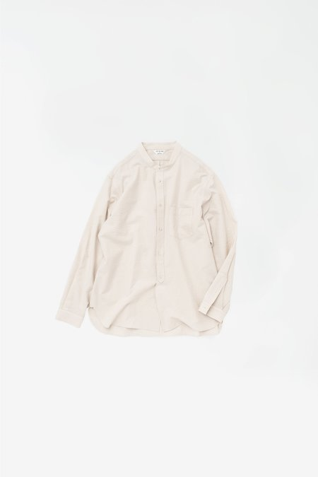 Still By Hand Striped band collar shirt - off white
