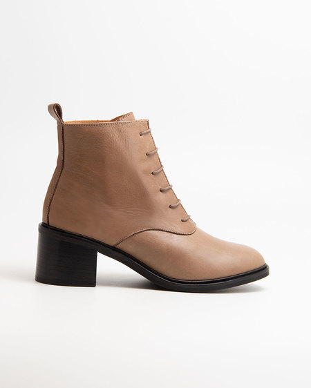 Naguisa Calima boots - Taupe