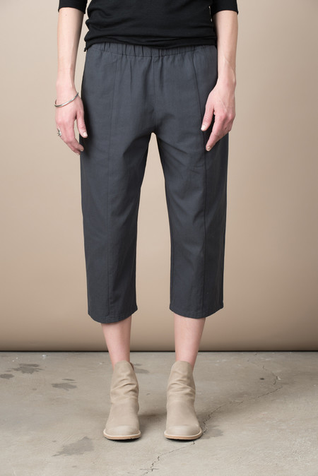 Evam Eva Cotton Easy Twill Cropped Pant In Stone Gray