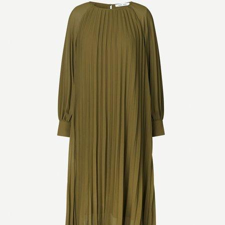 Samsoe Samsoe – Annimari Dress in Dark Olive