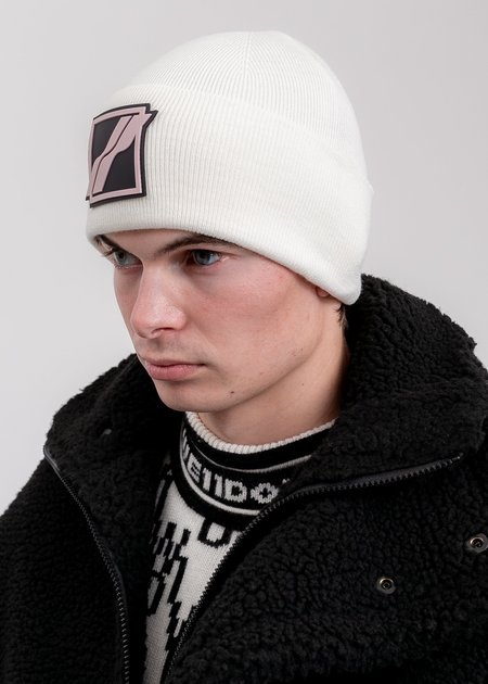 we11done Logo Patched Wide Rib Beanie - White