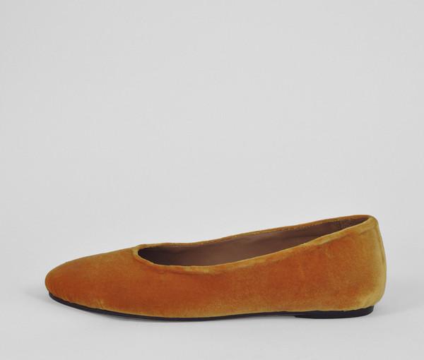 The Palatines Shoes adeo high vamp ballet flat - sulphur velvet