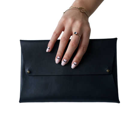 AW by Andrea Wong ENVELOPE CLUTCH | SIZE: SENSIBLE, BLACK