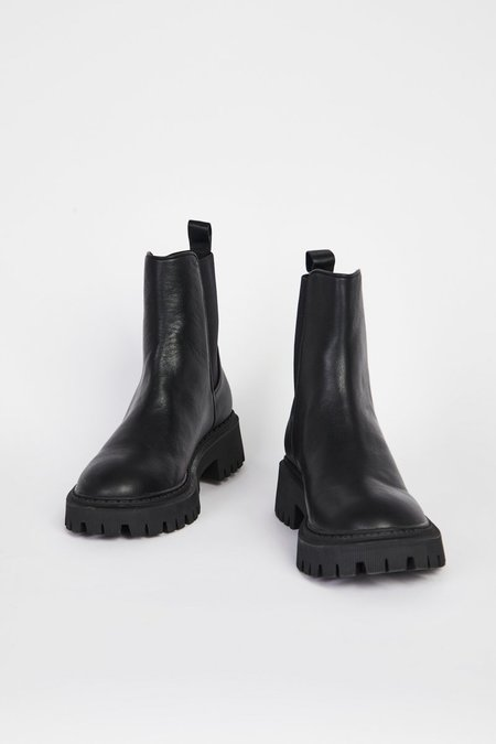 """""""INTENTIONALLY __________."""" GUIDED boots - Black"""