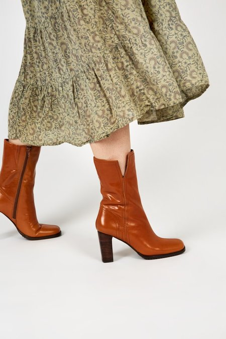 """""""INTENTIONALLY __________."""" PARADE boots - Cognac"""