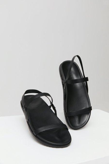ST. AGNI GIO SANDAL - Black