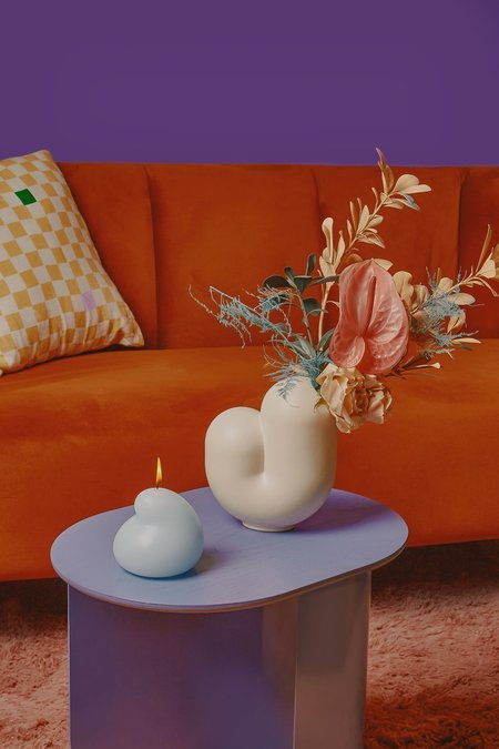 Areaware kirby vase - jay