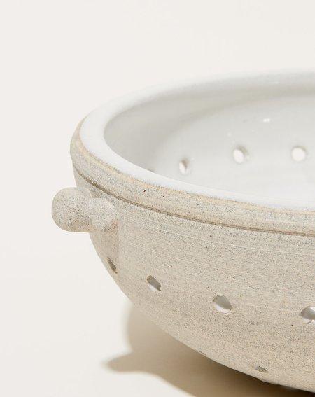 Sheldon Ceramics Large Colander