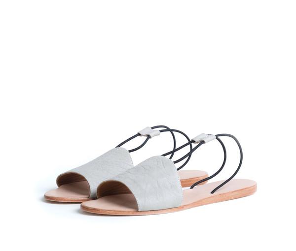 The Palatines Shoes Refero Sandal - Beige Leather W Black Elastic