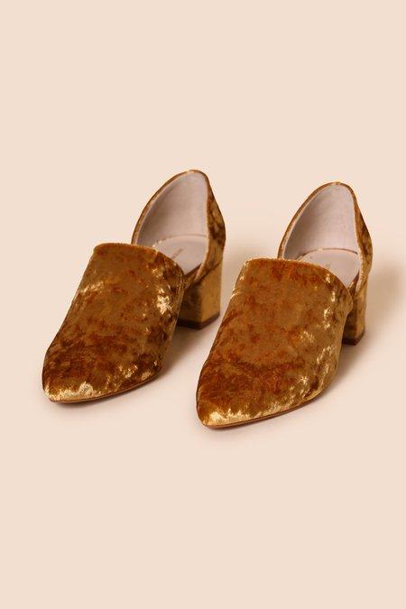 INTENTIONALLY __________ PERF-HI  Heels  - Gold Velvet