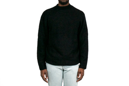 Chapter DEAN SWEATER - BLACK