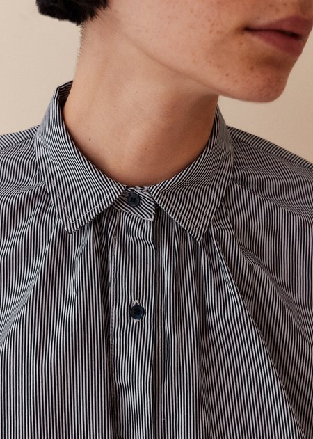 Caramel Collar Shirt - Navy Stripe