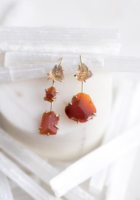 Variance Objects 14KT-18KT Gold Mexican Topaz Hook Earrings - Gold