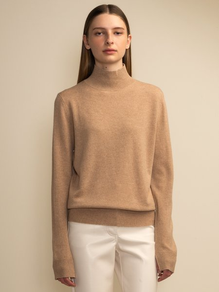 PURECASHMERE NYC Simple High Neck Sweater - Camel