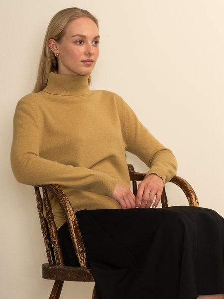 PURECASHMERE NYC Turtleneck Sweater - Golden Leaf