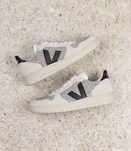 VEJA V-10 Flannel sneakers - Snow/Black/Natural