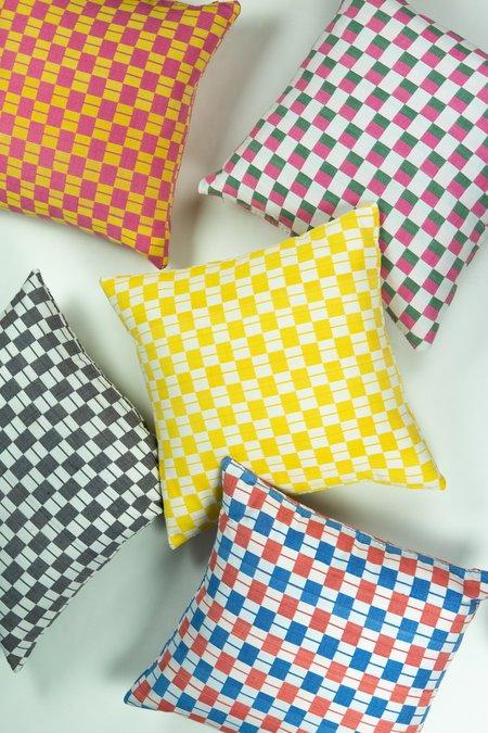 Suzani Pillow Checkered pillow - Green/Pink