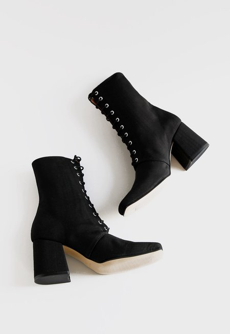 About Arianne Stevie Boot Moire - Black