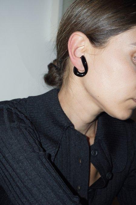 BEATRIZ PALACIOS MEDIUM LUCITE EAR CUFF-Black