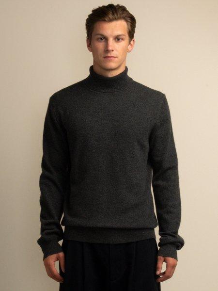 PURECASHMERE NYC Men Turtleneck Sweater - Graphite