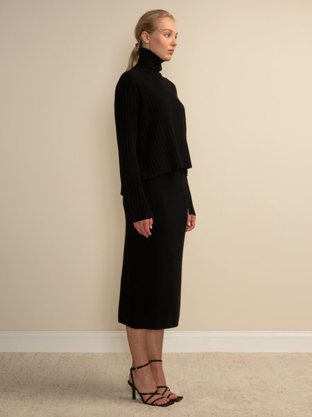 PURECASHMERE NYC Midi Skirt - Black